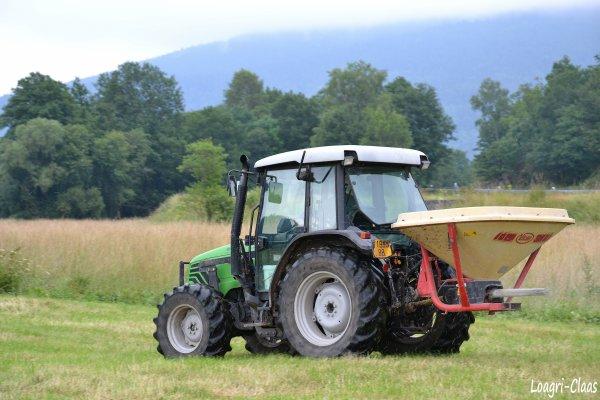 Epandage d'engrais 2012 --> --> Deutz-Fahr Agro Plus 67