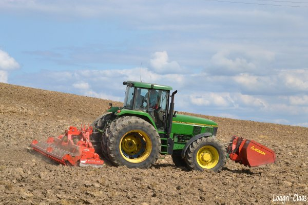 Préparations des Terres 2012 --> --> John Deere 7800