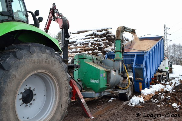 Broyage de Bois 2013 --> --> Deutz-Fahr Agrotron X720
