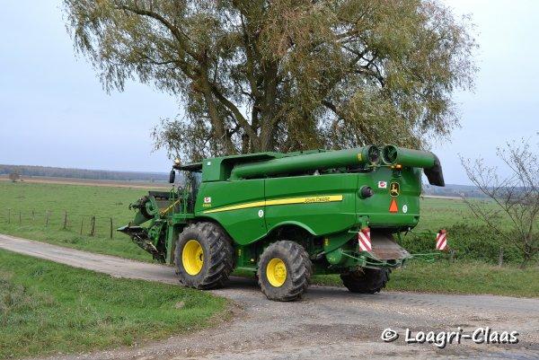 Moisson Du Maïs 2012 --> --> New John Deere S690i