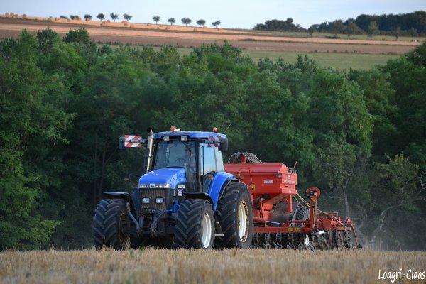 Semis de Colza 2012 --> --> New-Holland 8970A