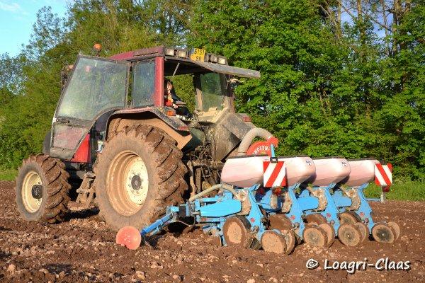 Semis de Maïs & Préparations des Terres 2013 --> --> Valtra 6250 & Deutz-Fahr 90 Mk3