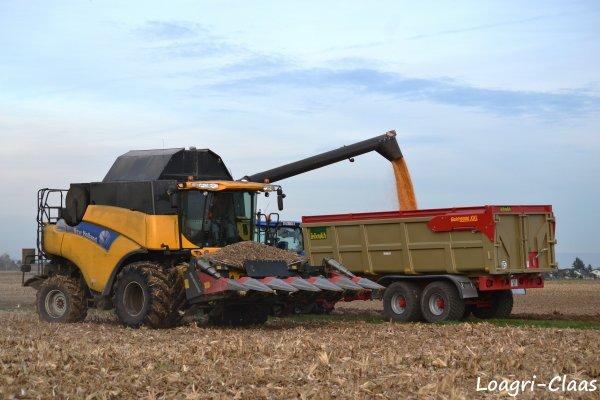 Moisson Du Maïs 2012 --> --> New-Holland Cr 9060 Elevation