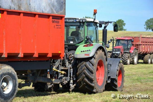 Ensilage d'Herbe 2013 --> --> FENDT 933 Vario BB et Fliegl Gigant ASW 288 & New-Holland FR9040 !!! [ Gaec de la Courbe Sauce ]
