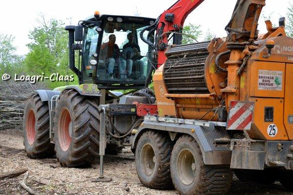 Broyage de Bois 2013 --> --> Claas Xérion 3800 Trac Vc