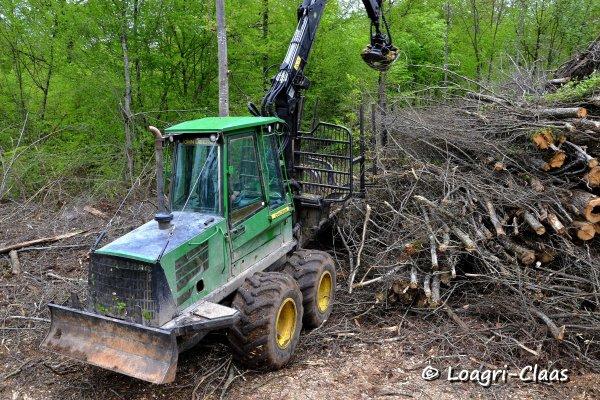 Transport de Bois 2013 --> --> Porteur John Deere 1010D