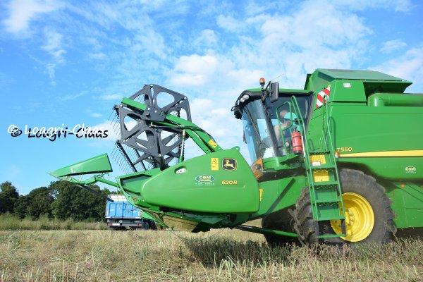 Moisson 2013 --> --> John Deere T550