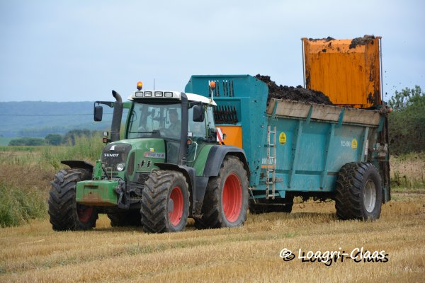 Epandage de Compost 2013 --> --> Fendt 716 Vario TMS [SARL Theveny ]