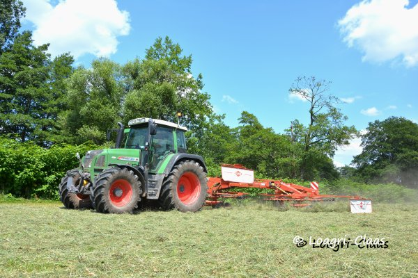 Andainage 2013 --> --> Fendt 415 Vario TMS