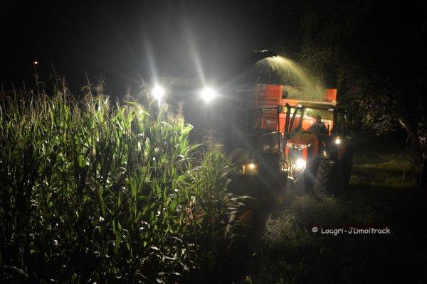 Ensilage de Maïs 2014 --> Nouveau Deutz-Fahr 5*** TTV & Claas Jaguar 800