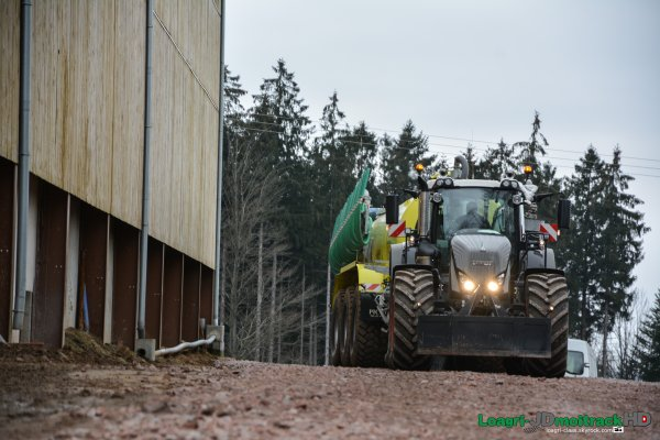 Nouveau Fendt 939 Vario S4 Black Beauty | Epandage de Lisier 2015 | PART I