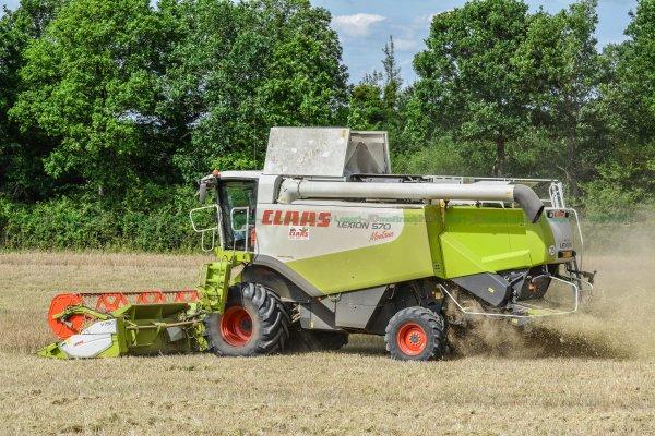 Moisson 2015 | CLAAS Lexion 570 Montana | Fendt 936 Vario & Maupu