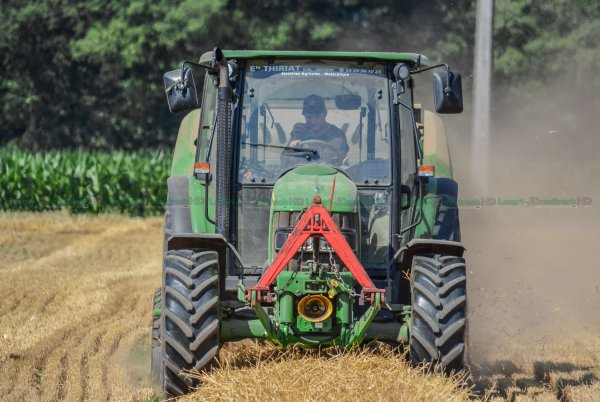 Pressage de la Paille 2015 | John Deere F440M & John Deere 5090r