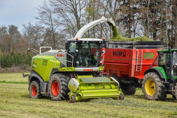 Ensilage d'Herbe 2016 | Claas Jaguar 860 | ETA Vuillemin
