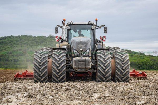 Préparations des Terres avant le semis 2016 | Fendt 939 Vario S4 BlackBeauty & Herse Rotative Gregoire-Besson de 8 mètres !