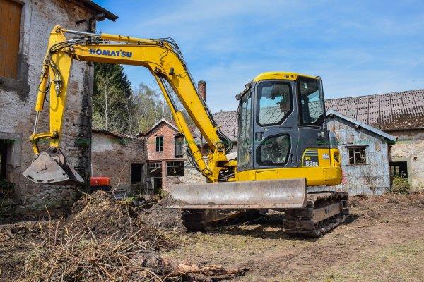 Aménagement de Terrain après défrichage par 3 Pelleteuses | Parmentier Frères