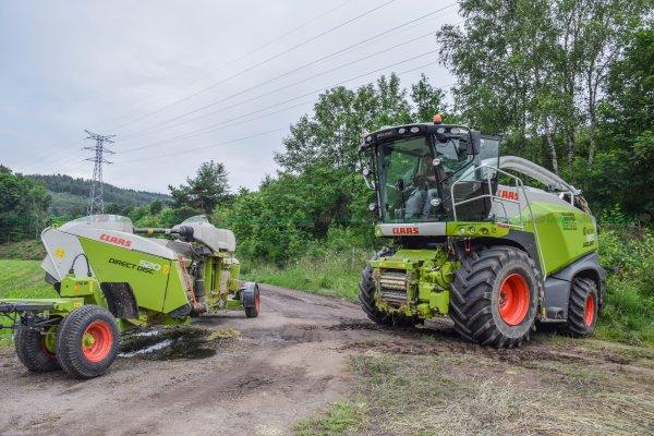 Ensilage de Céréales Immatures dans les Vosges 2016 | Coupe Directe : Claas Jaguar 860 & Claas Direct Disc 520 | Pagot Caput & ETA Vuillemin