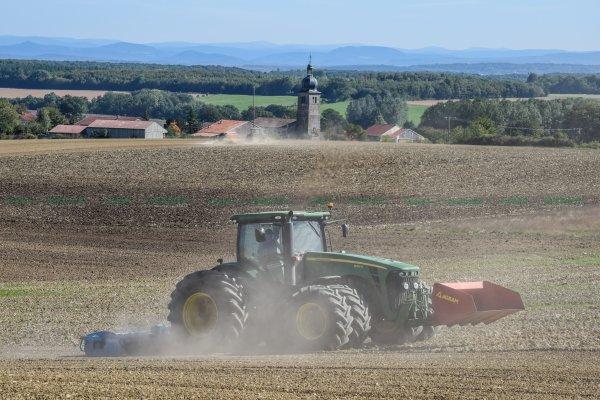 Préparations des Terres avant semis 2015 | John Deere 8295r Jumelés & HR Lemken