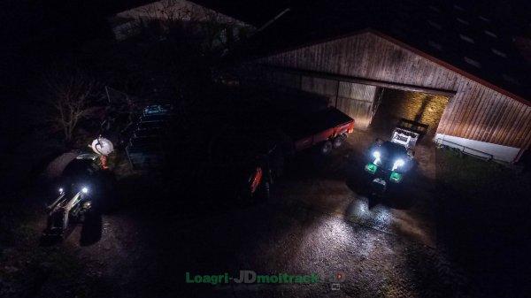 Transport de Fumier un soir dans une Ferme | Deutz-Fahr 5110 & Kubota M110GX