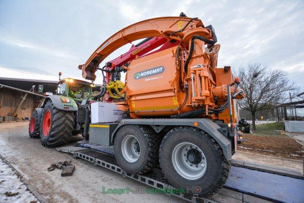 Chargement & Transport du Fendt 1050 Vario & Broyeur Forestier Noremat