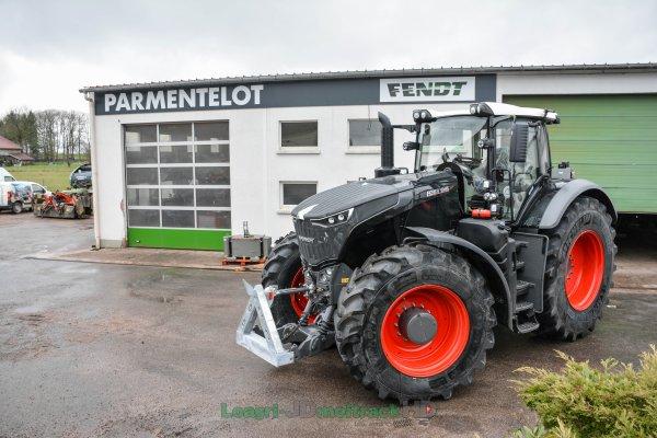 Fendt 1046 Black VS Fendt 1046 Vert