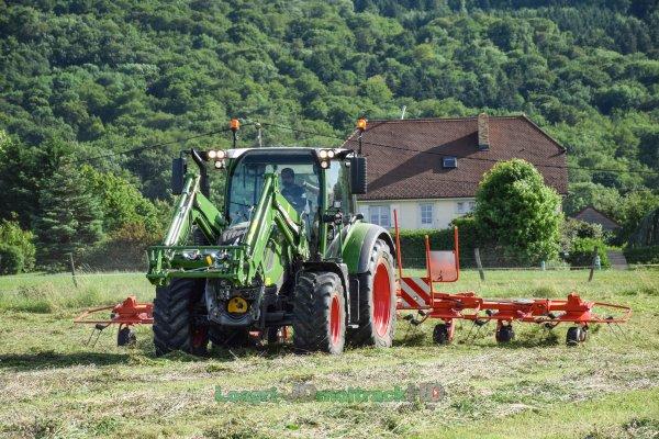 Valtra T174 & Groupe de Fauche Kuhn 9m | SARL SJTA !