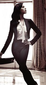Katy fait la couverture du magazine 'Harper's Bazaar'. Elle est juste magnifique ♥  Cliquez sur les images pour voir les photoshoots, les scans ainsi qu'une vidéo ;)