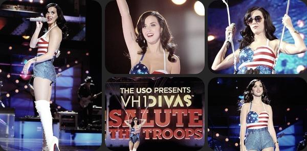 """03/12/10; Katy & d'autres stars donnent un show lors du """" VH1 divas salute the troops """" à Miramar en Californie. Le concert a été organisé pour rendre hommage aux militaires des Etas-Unis."""