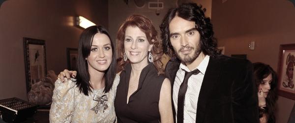 "04/12/10; Katy & Russel étaient au "" Variety's Power of Comedy "" à Los-Angeles. Vous aimez sa coiffure ?"