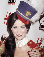 """10/12/10; Katy arrivant aux """" Z100's Jingle Ball 2010 """" présenté par H&M à New-York.Cliquez sur les images pour voir plus de photos ;)"""