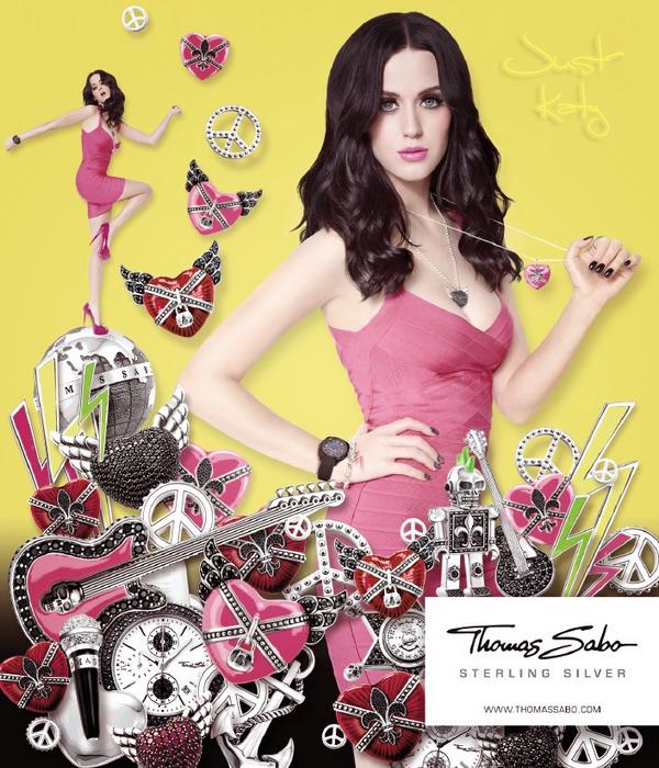 "Katy pose pour la marque de bijoux ""Thomas Sabo""."