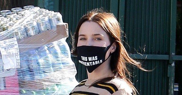 Sophia en sorti avec son masque