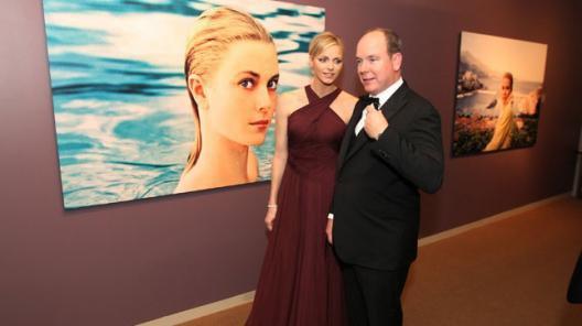 Le prince Albert de Monaco rend hommage à sa maman, Grace Kelly