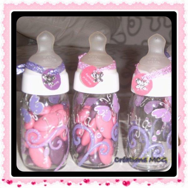 Sur biberons de maternité en verre thème papillons arabesque