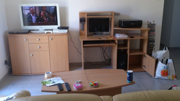 Les photos de ma cuisine terminée :) et... les photos du jour où j'ai emménagé