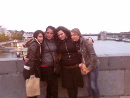 Moi, Melany, Mel & Aurélia (l)