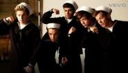 Nos one direction KISS YOU le détaille