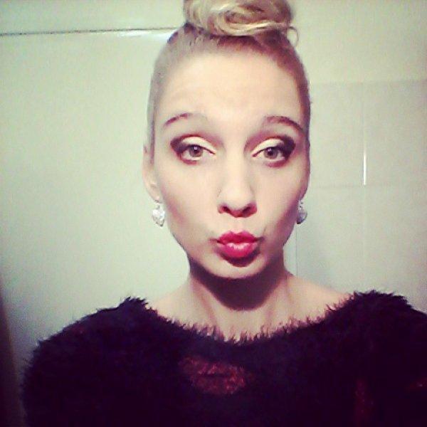kiss kiss# pull#autumne#a poil