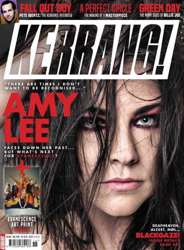 Amy fait la couverture du Kerrang! Magazine qui sortira le 11 avril (malheureusement pas chez nous, mais on peut le commander en ligne).J'adore la photo !