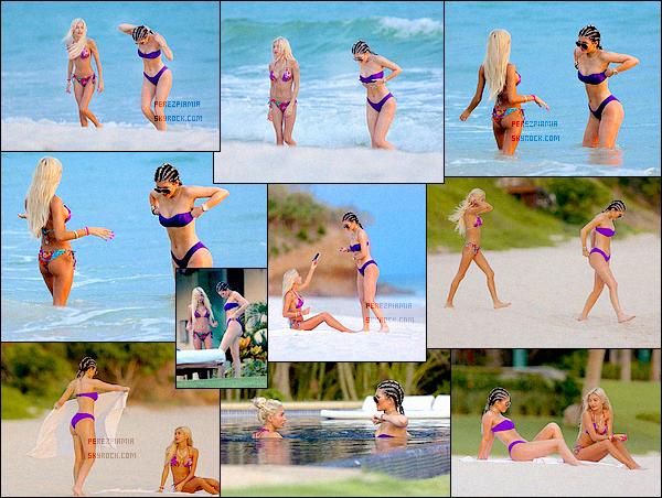 +12.08.2015 - Pia et sa meilleure amie Kylie étaient sur la plage privée de Punta Mita pour l'anniv de Ky'J'ai une préférence pour le maillot de bain rose et violet. Mais sinon les deux sont tops, elle a un corps de rêve! Plutôt cool les vacances!+