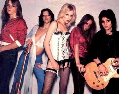 >>> The Runaways <<<