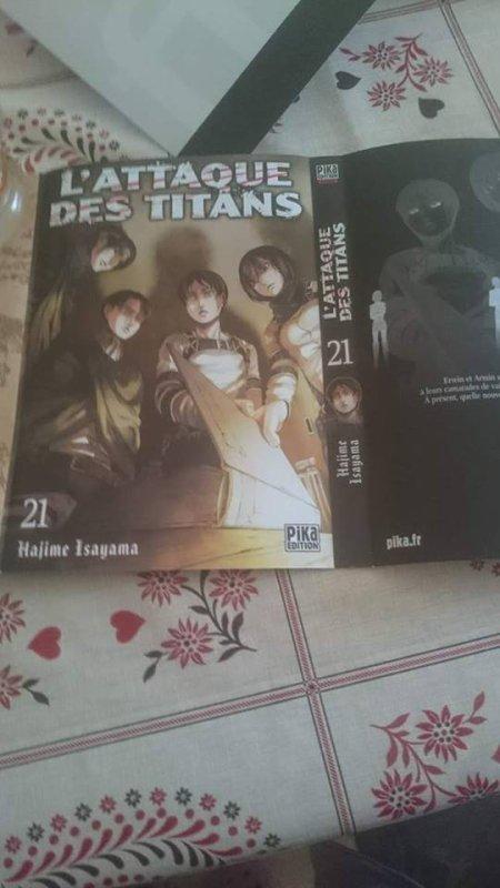 Les deux couvertures possible pour le tome 21 de l'attaque des titans