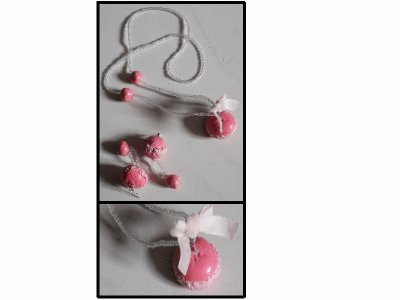 collier et boucle d'oreille macaron rose