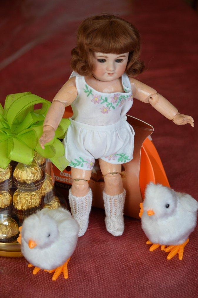 pour Pâques Bleuette étrenne ses sous-vêtements !!