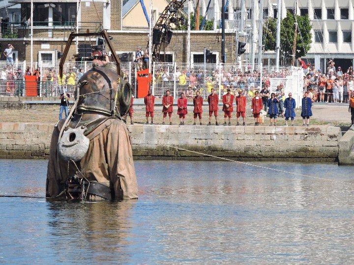 les géants du royal de luxe au Havre  , deuxième partie  !!