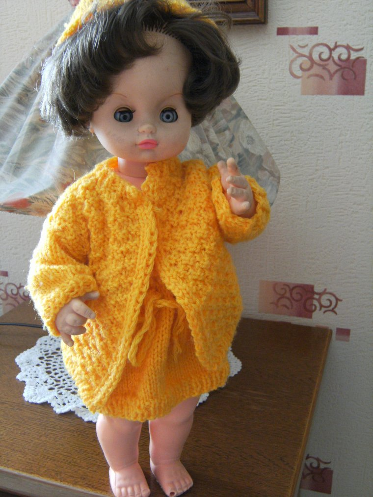 Pour jolie poupée  !! + quelques autres poupées !!