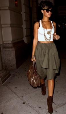 Rihanna Biographie ♥♥