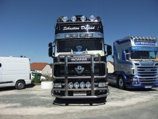 Scania V8 :D !!