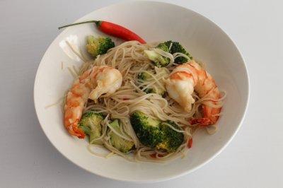 Wok crevettes-brocoli-gingembre