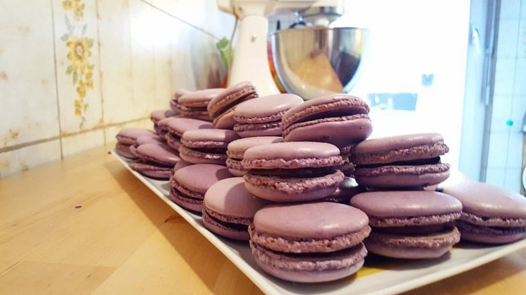 Macarons chocolat cerise